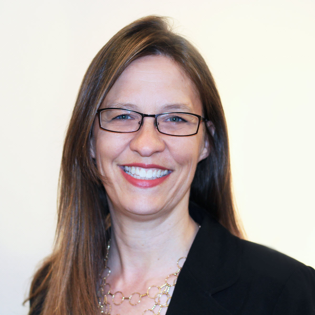 Diane Elkins Headshot